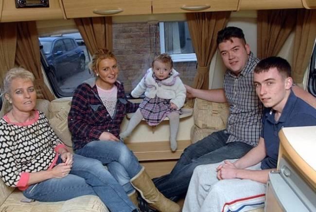 Αυτή είναι η οικογένεια Ρόζαλιν