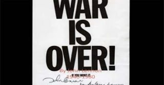 Happy Christmas ( War is over ) - John Lennon