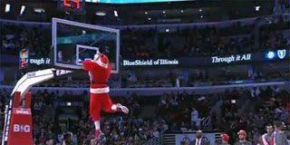 Το ξεχωριστό Fail του Άγιου Βασίλη σε αγώνα μπάσκετ
