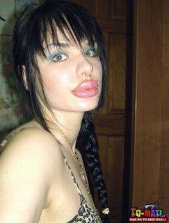 Christina Ray5