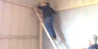 Απίστευτα Fail από σκάλα