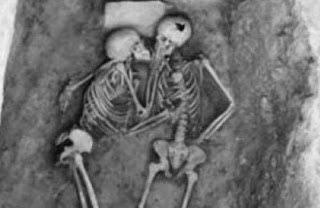 Η φωτογραφία της πραγματικής αγάπης που κυκλοφορεί στο διαδίκτυο