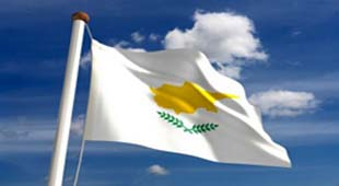 """Το ιστορικό """"Όχι"""" της Κύπρου – Πανηγυρίζουν οι Κύπριοι"""