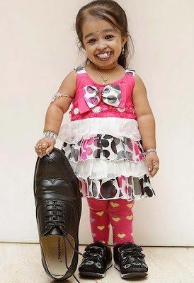 Jyoti Amge είναι η πιο κοντή γυναίκα παγκοσμίως