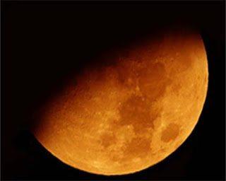 Δεν υπάρχει η σκοτεινή κρυφή πλευρά του Φεγγαριού – Και το φεγγάρι γυρίζει