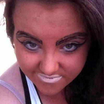 Τα χειρότερα μακιγιάζ που έχουμε μέχρι τώρα δει 7