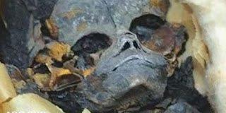 Μυστηριώδης πλάσμα θαμμένο στην Αίγυπτο
