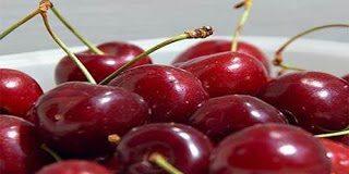 Αυτά είναι τα πέντε πασίγνωστα φρούτα και λαχανικά που έχουν δηλητήριο