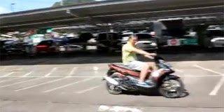 Ο άνθρωπος που δεν πρόλαβε να αγοράσει το Scooter