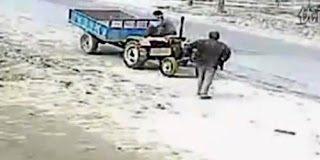 Αστείο video: Δυο άσχετοι οδηγοί τρακτέρ