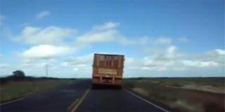 Αυτό είναι το πιο μακρύ φορτηγό που έχετε δει ποτέ