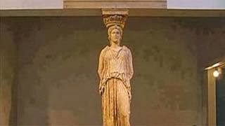 Η φωτογραφία από το Μουσείο της Ακρόπολης που κάνει το γύρο του κόσμου