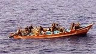 Σομαλοί πειρατές τα έβαλαν με Ρωσικό πολεμικό πλοίο και δείτε τι έπαθαν