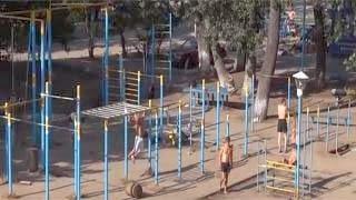 Δείτε τον 73χρονο που κάνει γυμναστική σαν να ήταν νεαρός