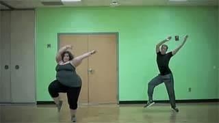 Η εύσωμη χορεύτρια που έκανε όλο το internet να υποκλιθεί (video)
