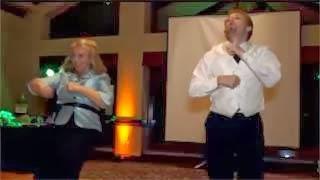 Υπέροχο video – Ο χορός της μητέρας στο γάμο του γιου της