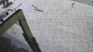 Απίστευτο video: Έπεσε από τον πέμπτο όροφο για να αυτοκτονήσει και δεν έπαθε τίποτα