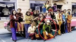 Ο χαμογελαστός αυτός νεαρός 30 χρόνια μετά Σόκαρε τον Κόσμο