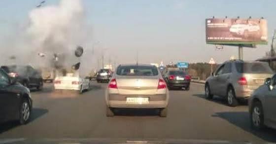 Έσκασε η φιάλη υγραερίου σε αυτοκίνητο