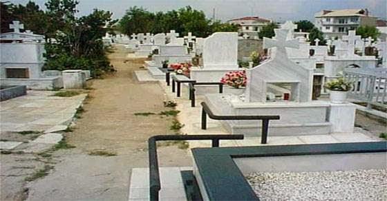 Πέθανε πάνω στον τάφο του παιδιού του!
