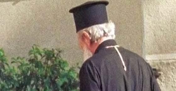Ιερέας δεν τέλεσε την κηδεία γιατί ο νεκρός είχε κάνει…