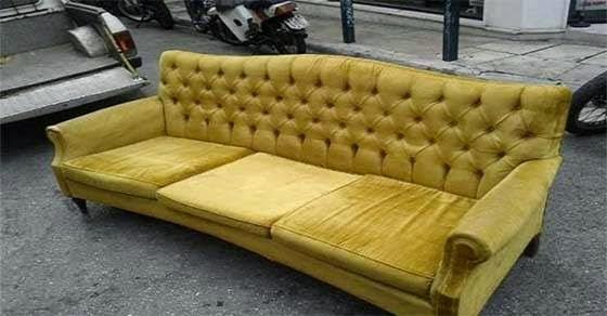 Αγόρασαν μεταχειρισμένο καναπέ με 20 Ευρώ και δείτε τι βρήκαν μέσα