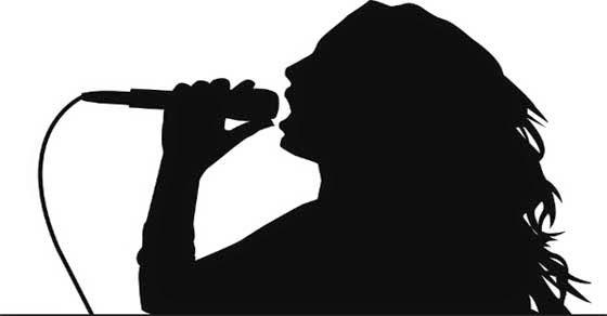 Πασίγνωστη Ελληνίδα τραγουδίστρια σε site