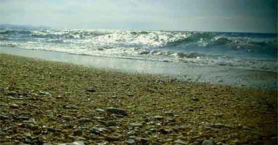 Ρόδο - Πέθανε γνωστός κομμωτής μόλις βγήκε από τη θάλασσα