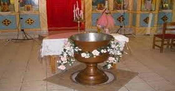 Αρχιμανδρίτης ακύρωσε την βάφτιση γιατί ο κόσμος φορούσε