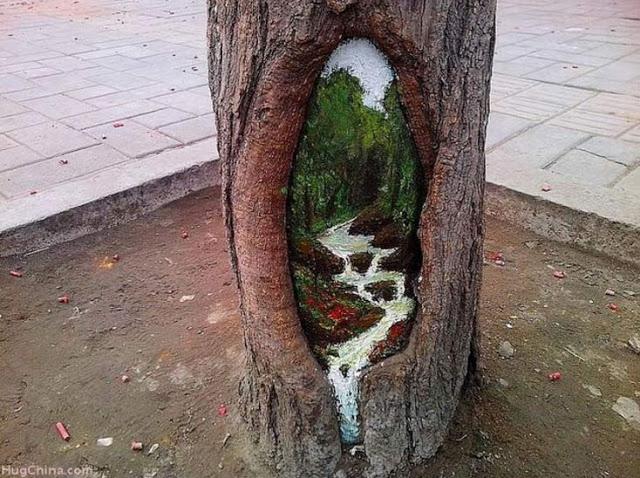 ζωγραφίζει τις τρύπες δέντρων